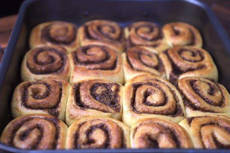 Cinnamon roll recipe - home made cinnamon roll