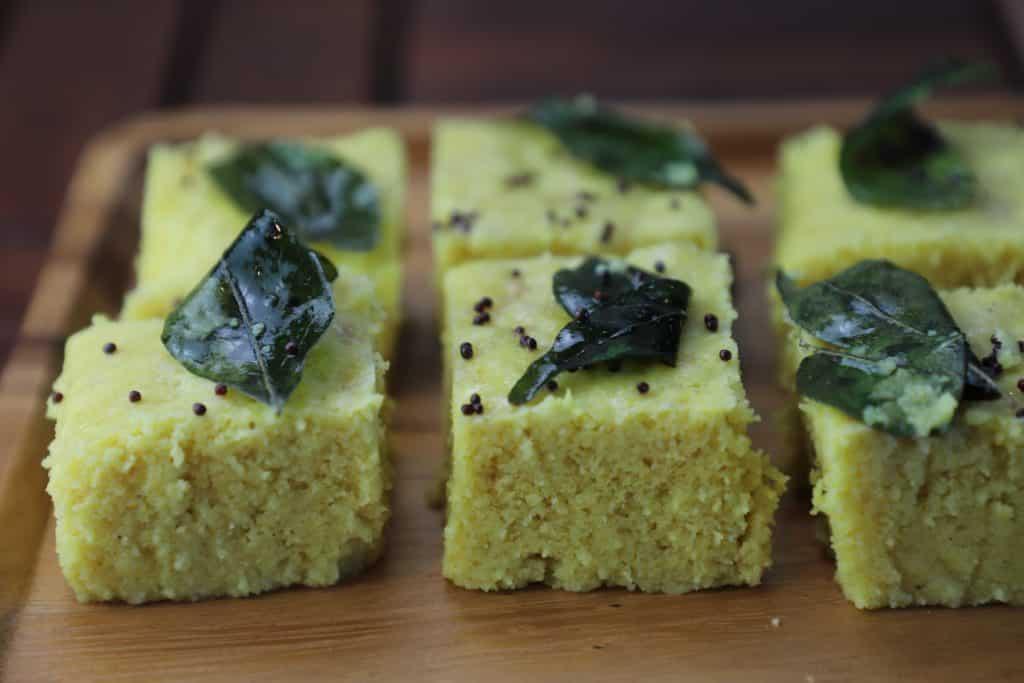 Instant khaman dhokla | soft and spongy dhokla - Gujarati khaman dhokla recipe