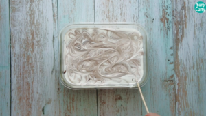 make swirls using skewer