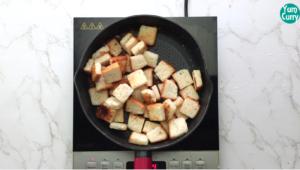 Roasting bread